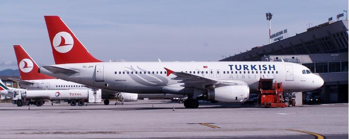 Turkish-Airlines_lidmašīna.jpg